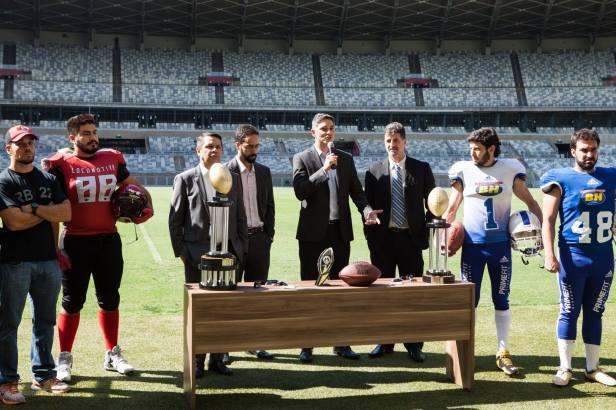 Foto de lançamento do Minas Bowl, da Federação Mineira de Futebol Americano - FEMFA